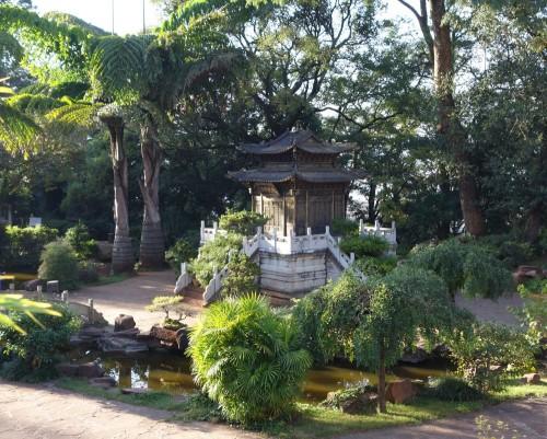 20130928_kunming_goldener_tempel_garten