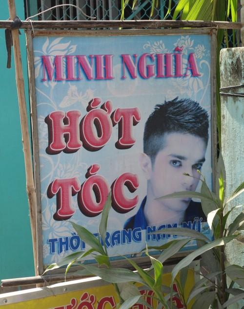 """""""Hot Toc"""" ist hier das Wort für den Friseur. Das lässt sich gut merken!"""