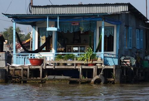 Ein Wohnhaus auf dem Wasser ist hier das Normalste auf der Welt.