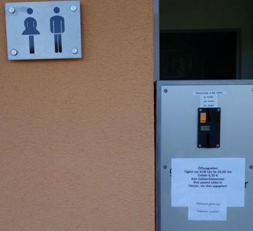 20140703_Elbe_Toiletten